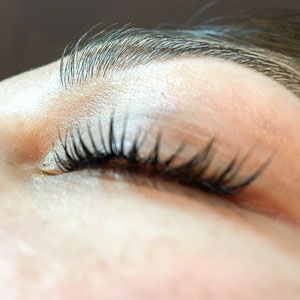 YUMI Lash Lift, eyes closed